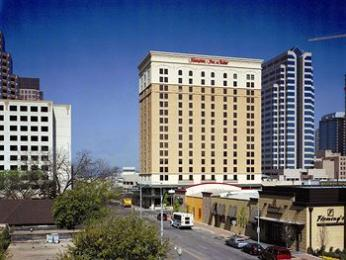 ‪Hampton Inn & Suites Austin Downtown‬