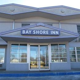 ‪Bay Shore Inn‬