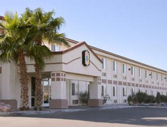 ‪Super 8 Motel - Quartzsite‬