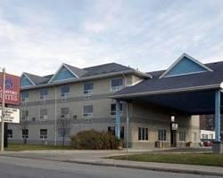 Photo of Comfort Suites Downtown Windsor