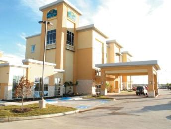 Photo of La Quinta Inn & Suites Burleson