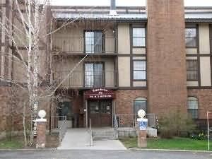 Copperbottom Inn Condos