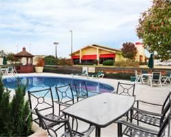 Baymont Inn and Suites Texarkana