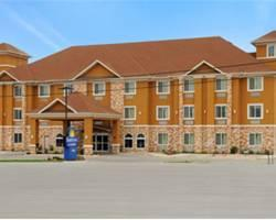 Days Inn & Suites Cleburne TX