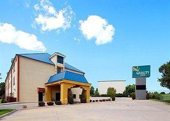 Photo of Quality Inn Kansas City / Blue Springs