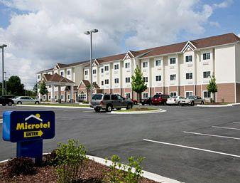 ‪Microtel Inn & Suites by Wyndham Greenville/University Medical Park‬