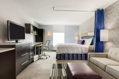 Home2 Suites by Hilton Philadelphia - Convention Center