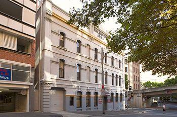 Photo of Woolbrokers Hotel Sydney