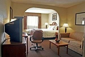 ‪BEST WESTERN Isabelle Court‬