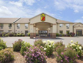 Photo of Super 8 Motel Cornwall