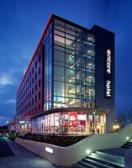 ‪Ramada Encore London West‬