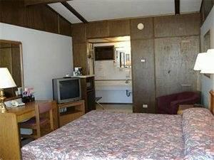 Americas Best Value Inn Gopher Prairie Motel
