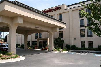 Hampton Inn Hillsville