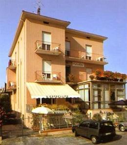 Photo of Hotel Estrellita Rimini