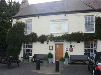 ‪Golden Boar Inn‬