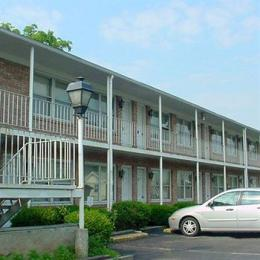 Photo of Twins Motel Strasburg