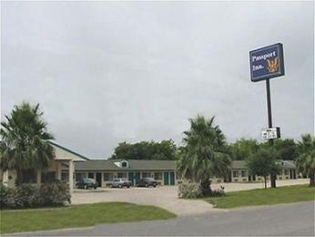Photo of Passport Inn San Antonio