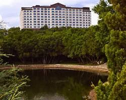 Renaissance Austin Hotel