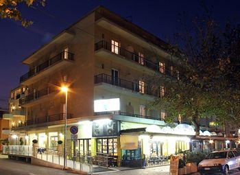 Hotel Globus