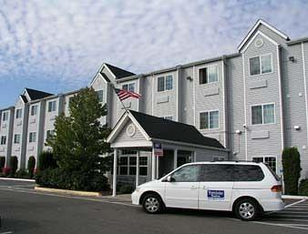 ‪Auburn Travelodge Inn and Suites‬