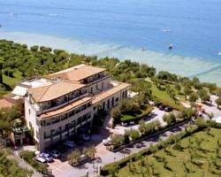 Photo of Hotel Ideal Sirmione