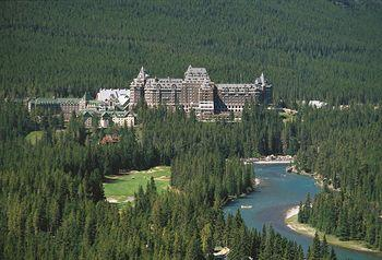 ‪The Fairmont Banff Springs‬