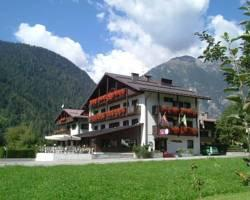 Photo of Hotel Ferrari Pinzolo