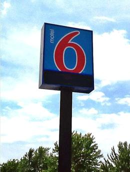 ‪Motel 6 Kansas City‬