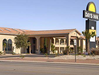 Photo of Days Inn Carlsbad