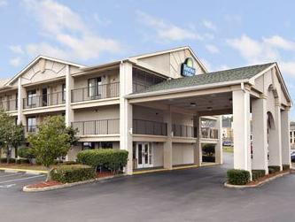 Days Inn & Suites Mobile
