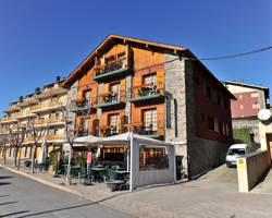 Photo of Hotel Esquirol Llivia