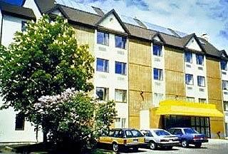 Photo of Causeway Bay Hotel Summerside