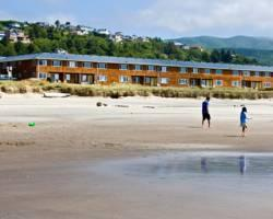 Silver Sands Oceanfront Motel