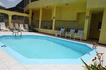 Photo of Executive Shaw Park Guesthouse Ocho Rios