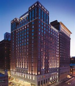 Renaissance St. Louis Grand Hotel