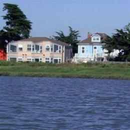 Photo of Captain's Inn Moss Landing