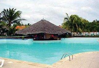 Photo of Club Amigo Caracol Playa Santa Lucia