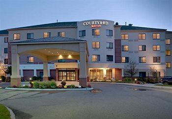 ‪Courtyard by Marriott Portland Airport‬