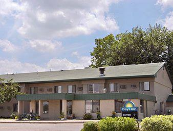Photo of Days Inn Winona