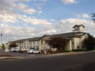 ‪BEST WESTERN PLUS Rama Inn & Suites‬