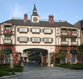 Photo of Anaheim Camelot Inn & Suites