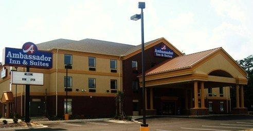 Ambassador Inn&Suites Tuscaloosa