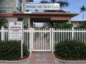 ‪Holiday Isle Yacht Club‬