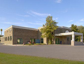 Super 8 Plattsburgh