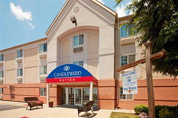 ‪Candlewood Suites - Fort Worth/Fossil Creek‬