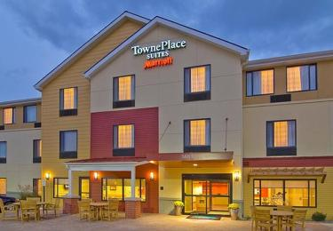 TownePlace Suites Redding's Image