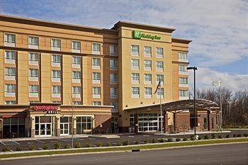 ‪Holiday Inn Airport South‬