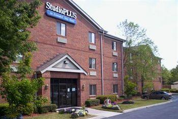 Photo of Studio Plus Deluxe Studios - Atlanta - Peachtree Corners Norcross