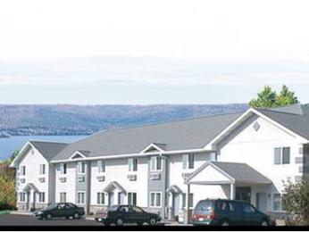 ‪Econo Lodge Inn & Suites Canandaigua‬