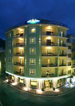 Photo of Hotel Tourist Sorrento